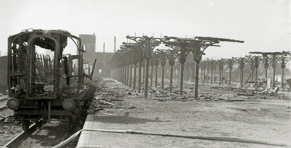 City Station after the aerial attack on 27th/28th April 1942 (photo courtesy: EDP/Archant)